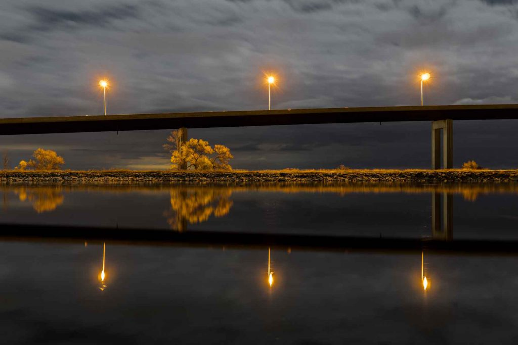 A night photography of the Bay Bridge in Belleville