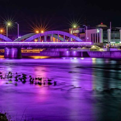 Belleville Night Tour - LED coloured bridge